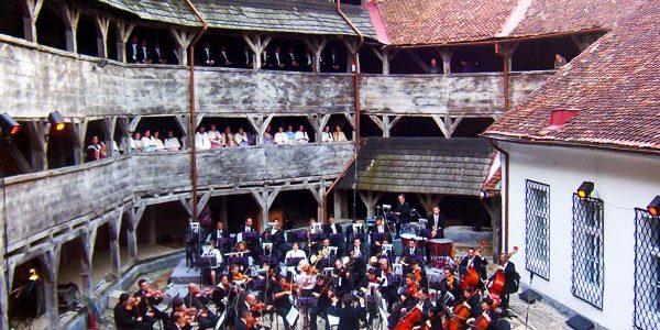 bastionul-muzicii-opera-brasov